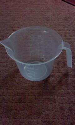計量ミキシングカップ